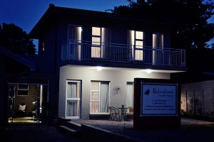 Bokmakierie-Guest-House_Exterior_Night-(1)