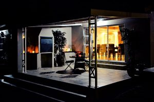Bokmakierie-Guest-House_Exterior_Night-(10)