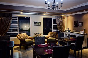 Bokmakierie-Guest-House_Night-(15)
