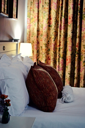 Bokmakierie-Guest-House_Rooms_Night-(20)