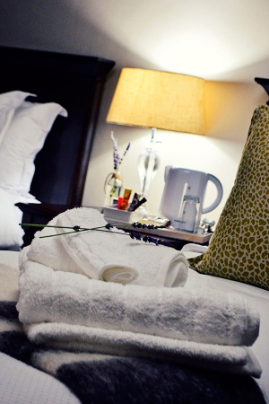 Bokmakierie-Guest-House_Rooms_Night-(25)